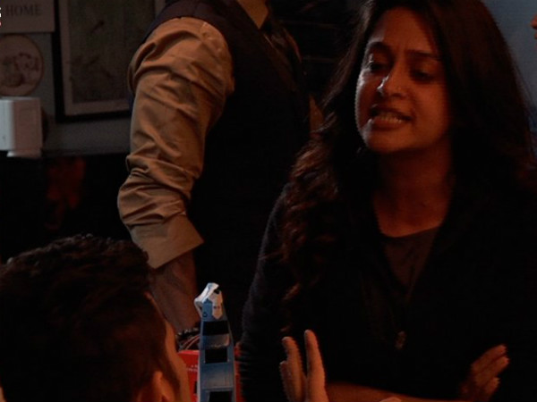 Dipika Miffed With Romil & Srishty
