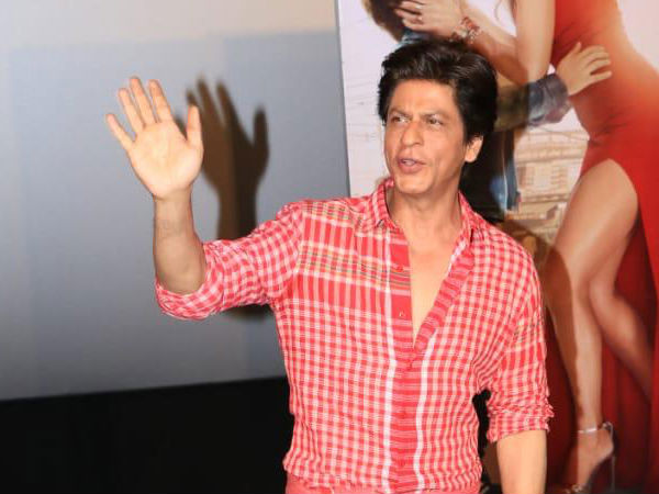 SRK Gives Wedding Tip To Deepika
