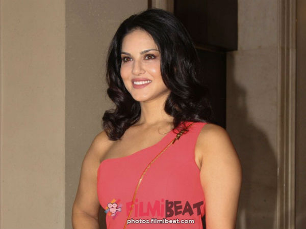 Sunny Leone Is Set Make Big Debut Mollywood The Title Poster Of The Movie Is Out