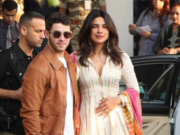 Nick Jonas Reveals How He Proposed to Priyanka Chopra!