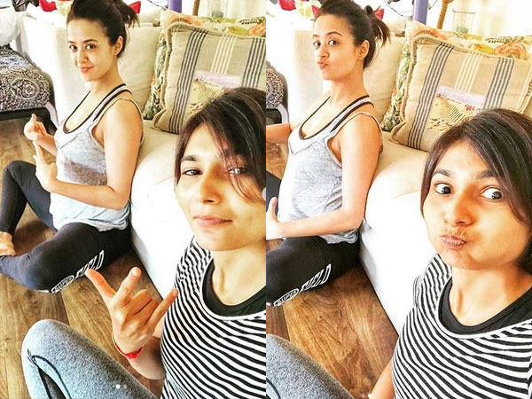 Surveen Chawla Flaunts Her Baby Bump While Performing Yoga!