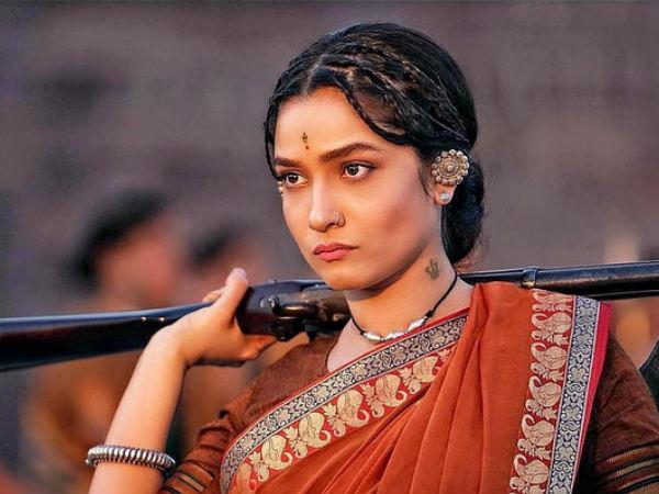 Sushant Singh Rajput Praises EX-GF Ankita Lokhande's First Look As 'Jhalkari Bai' From Manikarnika