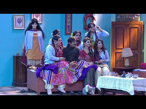 Sunil Grover's Kanpur Wale Khuranas Has Nothing New To Offer; Fans Feel It's Similar To Kapil's TKSS