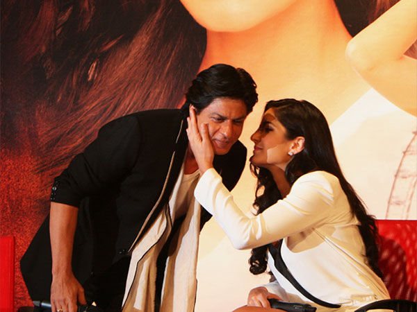 Katrina Kaif's Hilarious Reply When Asked About Kissing SRK Onscreen: He Is The Lucky One, Not Me