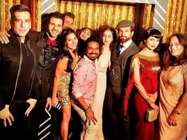 Erica Fernandes, Surbhi, Divyanka & Others Rock In Retro Style At The Great Gatsby Themed Party!