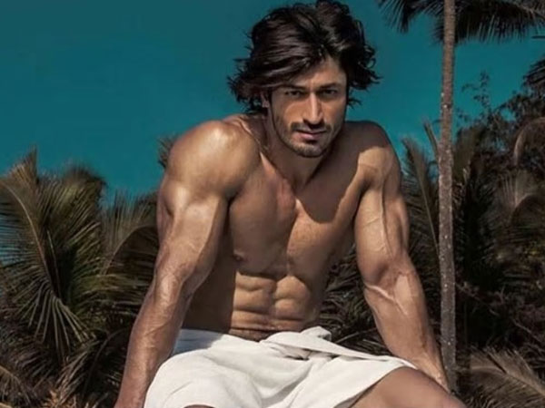 Happy Birthday Vidyut Jammwal: Bollywood's New Age Action Hero!