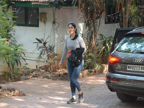 Exclusive Picture: Katrina Kaif Spotted At A Dance Rehearsal Studio In Mumbai!