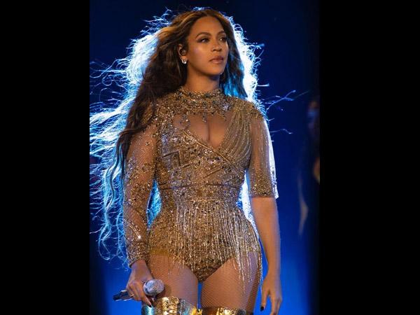 Isha Ambani's Pre-Wedding Bash: Beyonce's Lit Performance, SRK & Aamir Khan Steal The Show!