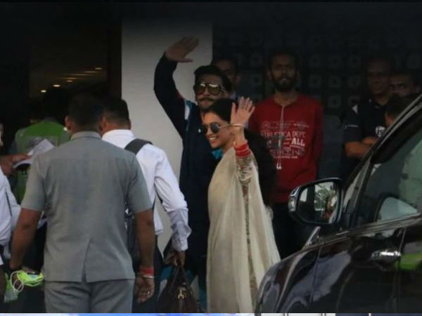 The Newlyweds Deepika Padukone & Ranveer Singh Are All Smiles At The Kalina Airport! View Pictures