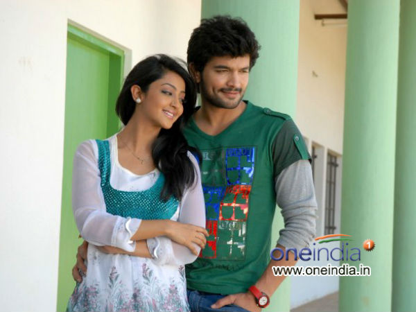 Diganth-Aindrita Wedding : Couple Gifts Midi Pickle- Rasgullas To The Guests; Festivities Begin