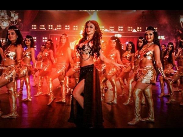 KGF Song: Mouni Roy & Yash Recreate 'Gali Gali' & Turn Up The Heat!
