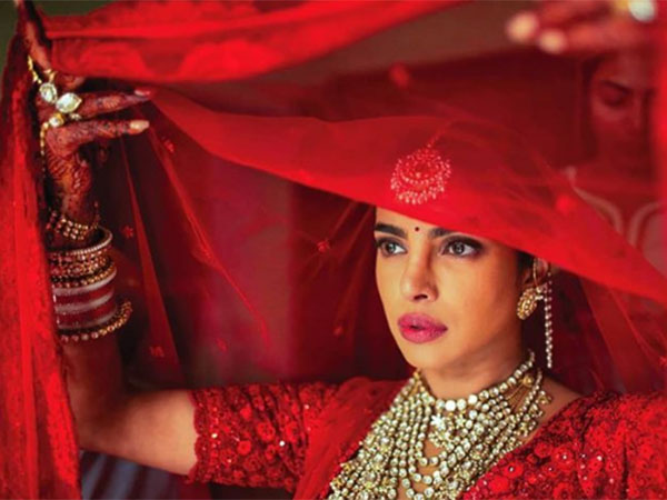Priyanka's Mommy Broke Down When She Saw The Actress Dressed As A Bride
