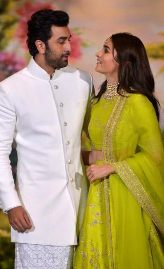 'Ranbir- Alia Are In Love': Mahesh Bhatt CONFIRMS Their Relationship!