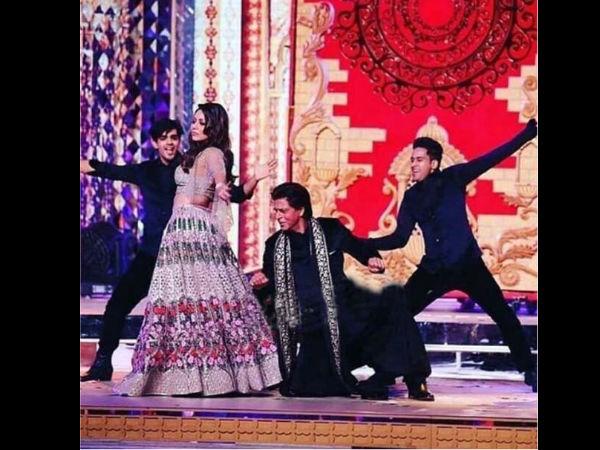 Shahrukh & Gauri Khan Rekindle Their Love At Isha Ambani's Sangeet Ceremony In Udaipur!
