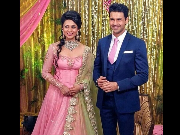 Vivek's Sweet Message For Divyanka On Their 3 Years Of Engagement