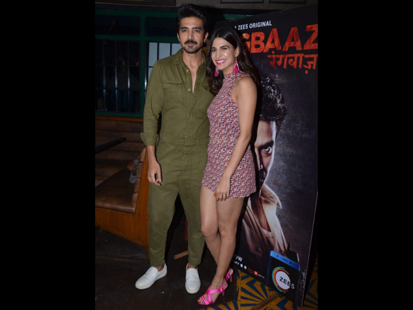 Saqib Saleem Poses With Co-Actor Aahana Kumra