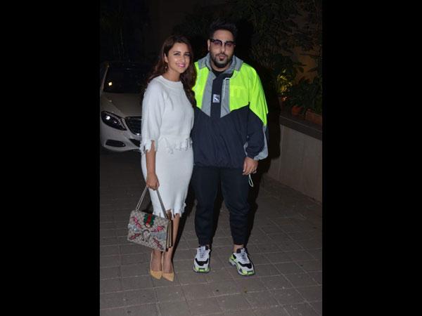 Janhvi Khushi Kapoor Karan Johar Sonakshi Sinha Attend