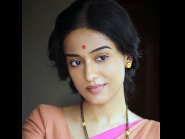 Amrita Rao On Choosing To Work In Thackeray: Meena Tai's Character Fell Into My Lap