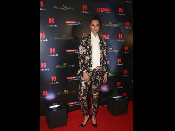 Sonakshi's Boss Lady Look