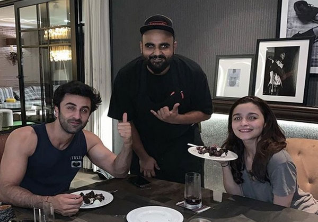 Ranbir Kapoor Alia Bhatt Valentine Date Will Make You Go Green With Envy Picture