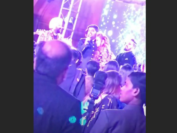 Kapil Sings For His Wife!