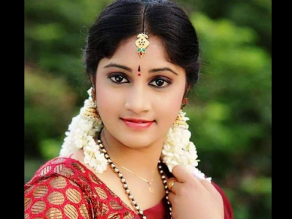 Telugu Tv Actress Jhansi Commits Suicide Found Hanging At Her Residence
