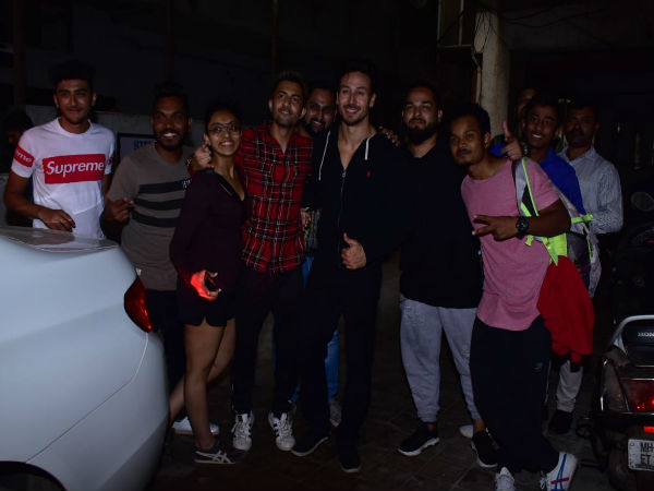 Tiger Shroff Poses With Fans