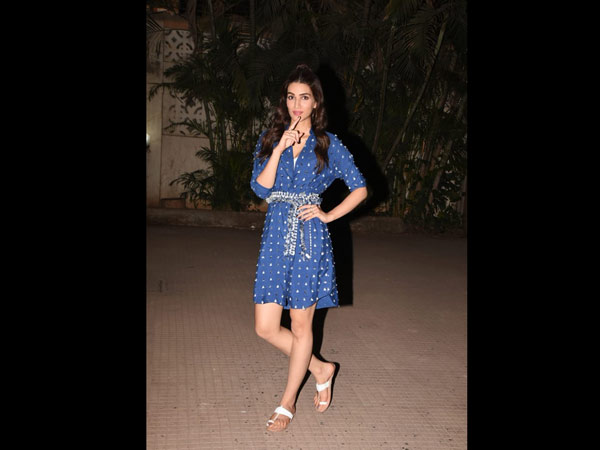 Kriti Sanon Poses For The Cameras