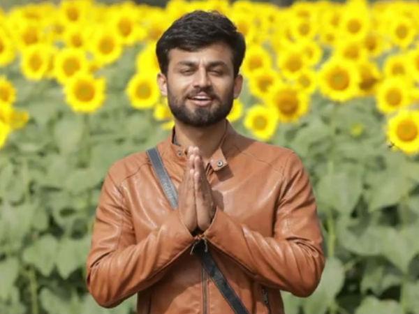 Bigg Boss 6 Winner Shashi Kumar Keeps Up  His Words; Fulfils His New Year Resolution!