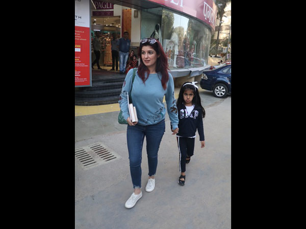 Twinkle Khanna Spotted With Her Daughter At A Bookstore
