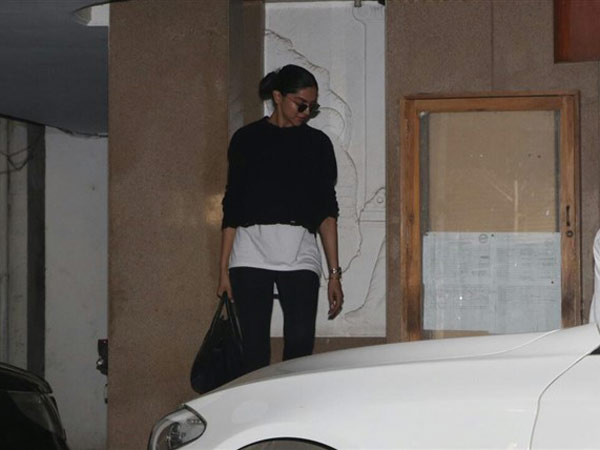 Deepika Padukone Gets Papped
