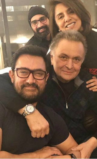 Aamir Khan Visits Rishi- Neetu Kapoor In New York