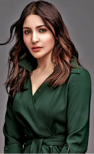 Anushka Sharma Opens Up About Catfights In Bollywood