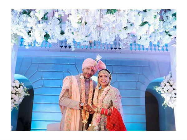 Singer Neeti Mohan Shares A Picture Of Her Wedding With Nihar Pandya
