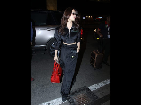 Alia Bhatt Airport Look Is Totally Cool