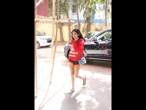 Janhvi Heads To The Gym