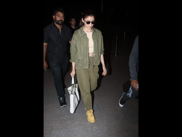 Alia Keeps It Casual And Cool At The Airport