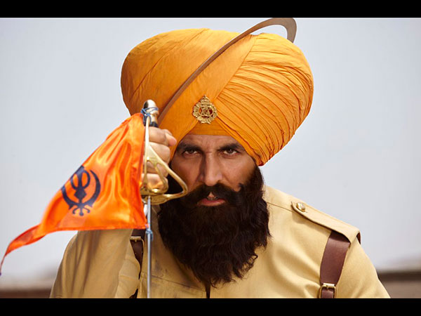Kesari Movie First Critics Review: Akshay Kumar Starrer Gets Applause & Praise