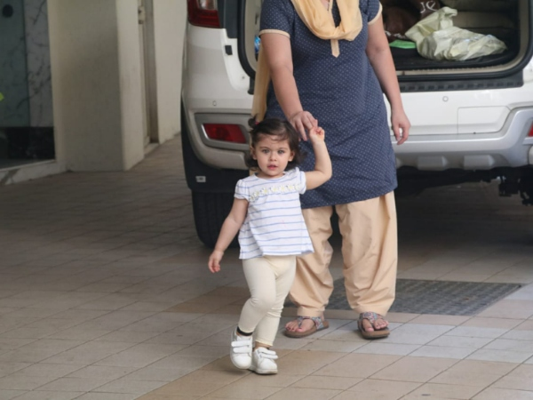 The Adorable Inaaya Khemu Snapped At Her Playschool