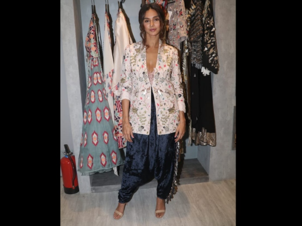 Shibani Dandekar At Payal Singhal's Launch Of New Collection