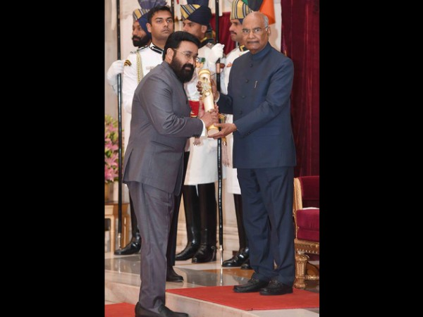 Mohanlal Receives Padma Bhushan Award From The President Of India!