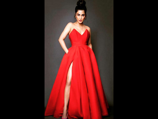 Shruti Haasan's Photos Go Viral: These Gorgeous Clicks Will Make You Go 'WOW'