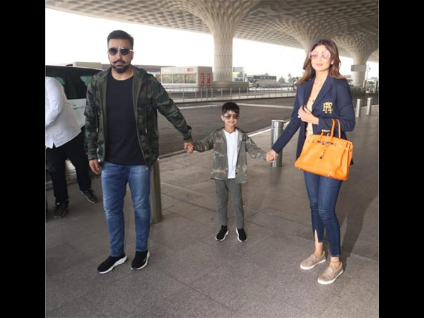 Shilpa Shetty With Her Family At The Airport
