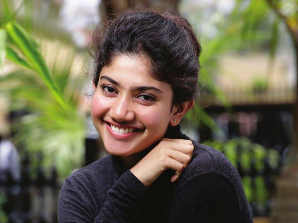 After Sai Pallavi, This Malayalam Actress Rules The Internet With Rowdy Baby Dance Moves!