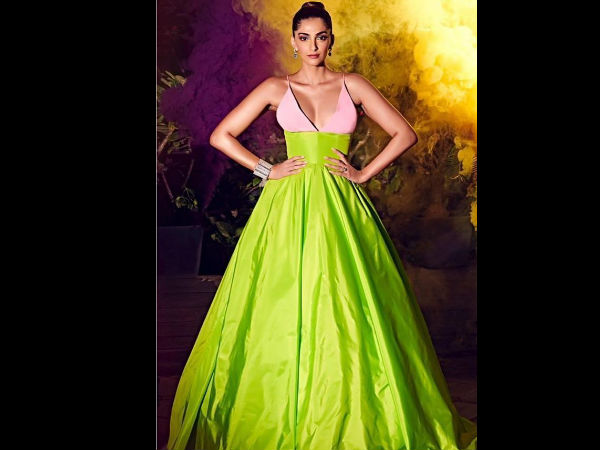 WHAT A DISASTER! Sonam Kapoor TROLLED By Netizens For Her Bold Outfit At Hello Hall Of Fame Awards