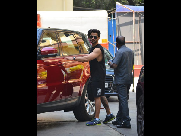 Kunal Khemu Hits The Gym