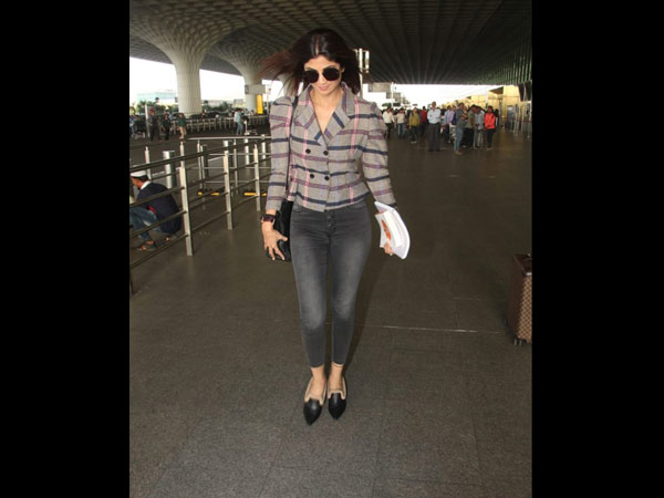 Shilpa Shetty's Chic Airport Look