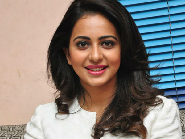 Will Rakul Strike Gold In Bollywood?