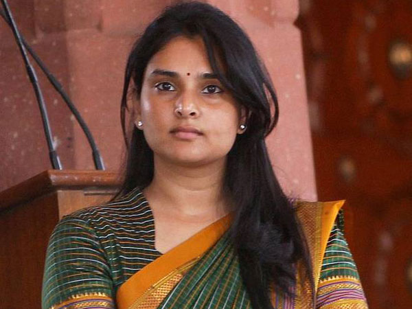 Sandalwood Actress Ramya Bashed By Fans & Public! Misses Voting For Three Years In A Row