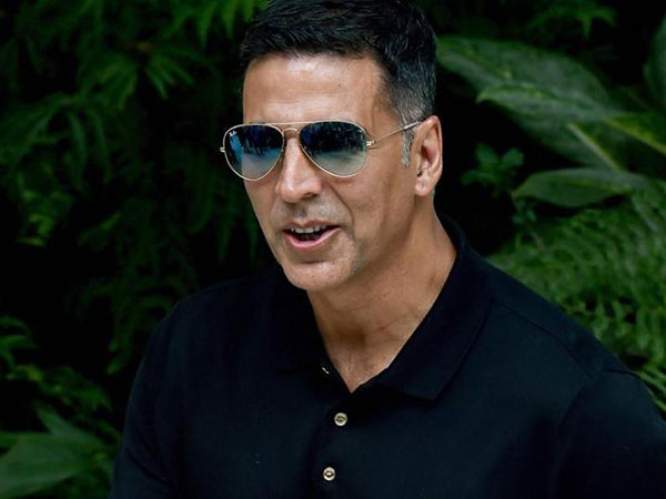 Akshay Kumar To Become A Politician? His Cryptic Tweet Suggests He Might Contest Elections!